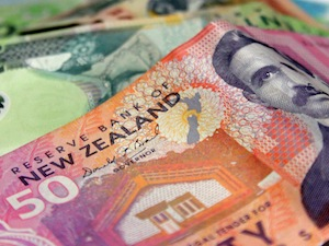 New Zealand 50 and 20 dollar notes