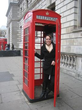 Phone box in England.jpg