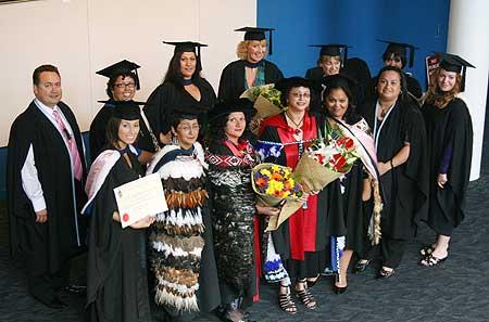Maori-Albany-grad-2010-88.jpg