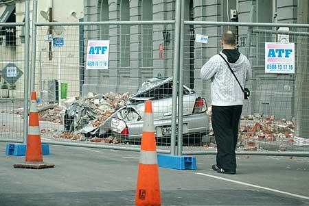 christchurch-earthquake-car.jpg