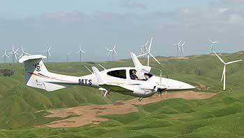 Wings-2009-DA42-09.jpg