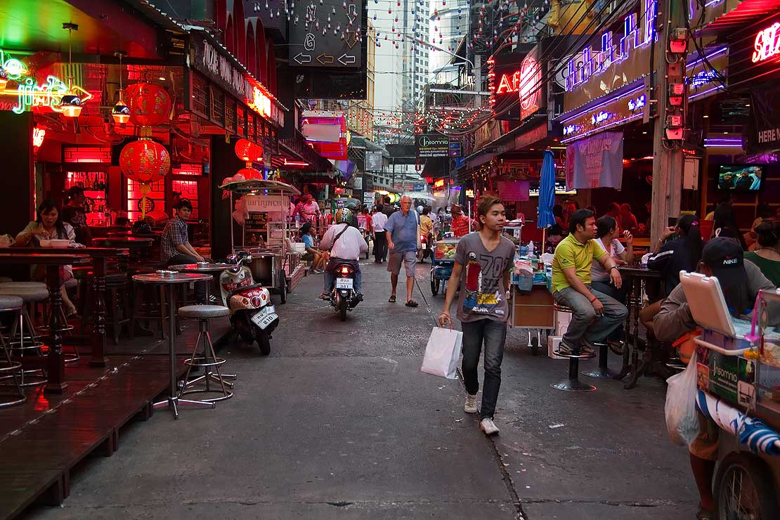 Former cop's study tackles Thai sex trafficking - Massey ...