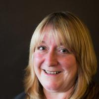 Prof Lorraine Warren staff profile picture
