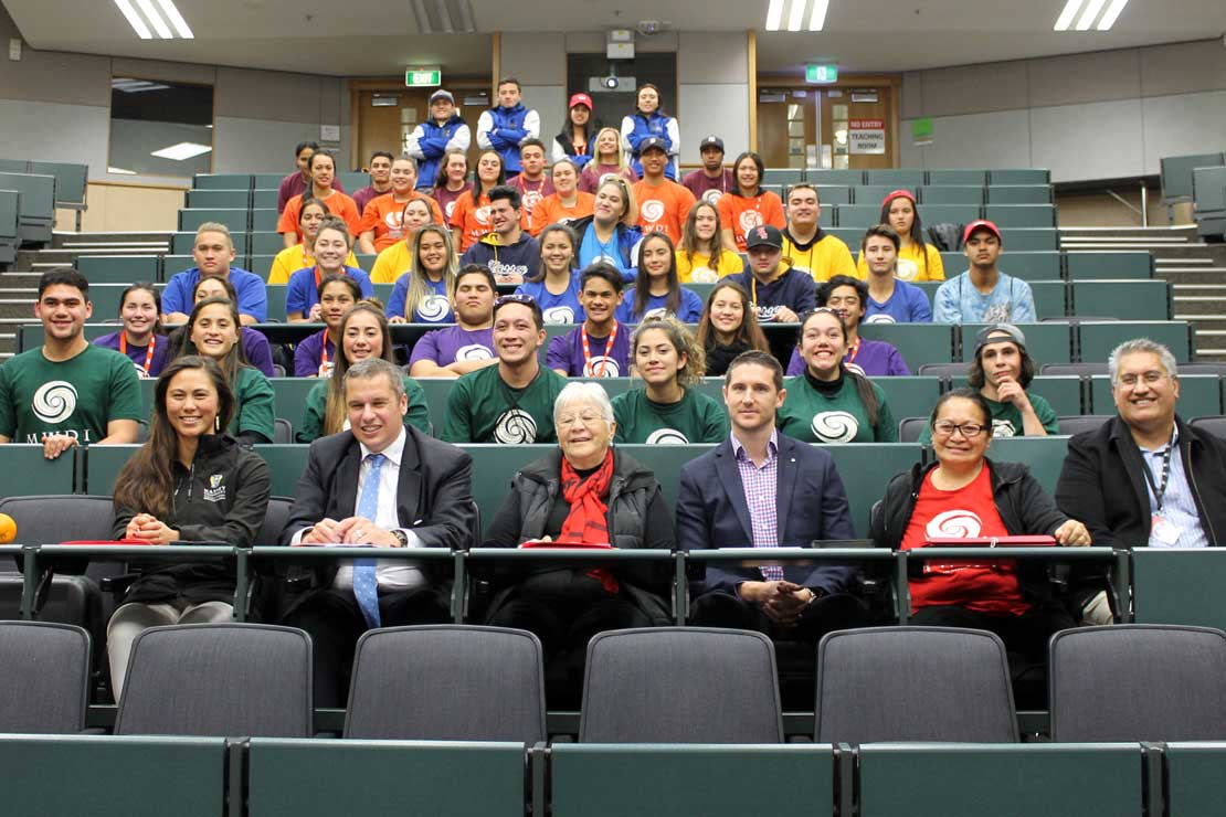 Māori students take on business challenge